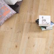 Hurford Flooring Elegant Premiere Oak Smouldered